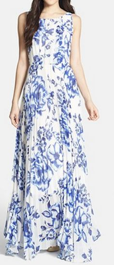 Gorgeous pleated chiffon maxi dress http://rstyle.me/n/g8fzcnyg6