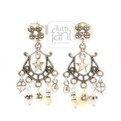 Boucles d'oreilles argent vieilli style romantique, nacre et perle.