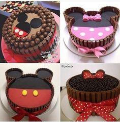 Bolos Mickey e Minnie Bolo Mickey E Minnie, Bolo Do Mickey Mouse, Festa Mickey Baby, Minnie Mouse Birthday Theme, Minnie Mouse Baby Shower, Mickey Cakes, Minnie Mouse Cake, Pastel Mickey, Mickey Halloween Party