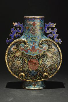 Qing dynasty cloisonné vase.