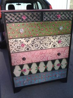 Old chest makeover Mod Podge @Ann Herald - I will definitely need your help on this, lol.