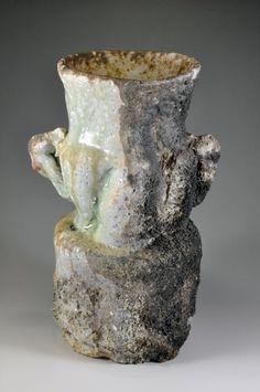 Shigaraki, anagama, ten-day anagama wood firing, with natural ash deposits Iga flower vase. igahana-51