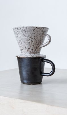 HAND THROWN AND GLAZED CERAMIC POUR-OVER COFFEE DRIPPER