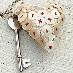 Key to my heart, including a white button, stuffed heart. I Love Heart, Key To My Heart, Happy Heart, Heart Art, Valentines Day Hearts, Valentine Heart, Valentine Crafts, Button Art, Button Crafts
