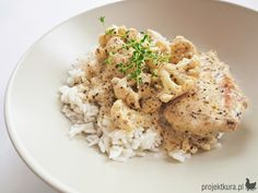 Chicken with creamy pesto and cauliflower