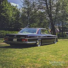 Sourkrauts × Made for Petrolheads Mercedes Benz Diesel, Mercedes W126, Mercedes Benz Cars, Cadillac Cts Coupe, Classic Mercedes, Dream Cars, Posts, Age, Friends