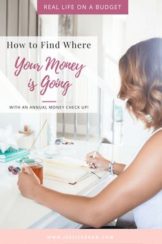 How to find where your money is going + FREE Printable! Managing your money well starts with knowing where its going. So how to find where your money is going? Conduct an annual money check up and let& find out! Best Money Saving Tips, Money Tips, Saving Money, Save Money On Groceries, Ways To Save Money, Financial Tips, Financial Planning, Financial Literacy, Savings Planner