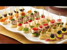 Skewer Appetizers Wedding Appetizers Appetisers Appetizer Recipes Dessert Recipes First Finger Foods Breakfast Crepes Fingerfood Food Design Mini Appetizers, Finger Food Appetizers, Easy Appetizer Recipes, Christmas Appetizers, Toothpick Appetizers, Italian Appetizers, Vegetable Appetizers, Appetizer Party, Tropical Appetizers