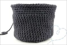 Gratis patroon) - Nobody ELSe : Nobody ELSe Baby Bonnets, Beanie, Diy, Crochet Things, Couture, Pom Poms, Baby Beanies, Bricolage, Do It Yourself