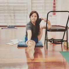 "138 Likes, 3 Comments - CENTRO DE YOGA IYENGAR PERU (@yogaiyengarperu) on Instagram: ""Akarna Dhanurasana, variación con silla. La postura del arquero. Se asemeja a un arquero…"""