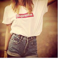 denim high-wasted shorts... cute
