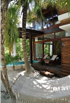 ✔ beach house Anyone???