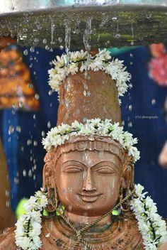 Ram Hanuman, Hindu Deities, Hinduism, Ram Wallpaper, Saints Of India, Lord Rama Images, Hindu Statues, Sri Rama, Lord Balaji
