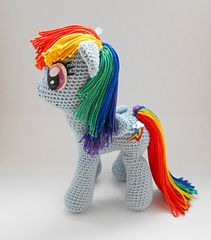My Little Pony Amigurumi pattern by Jasmine Crabtree Ravelry: My Little Pony amigurumi pattern by Rianne de Kok. My Rainbow Dash is Minky but I'm struggling making her fabric hair look right so I think Yarn is the way to go. It won't look as accurate as Crochet Pony, Poney Crochet, Crochet Horse, Crochet Unicorn, Cute Crochet, Crochet Animals, Crochet For Kids, Crochet Crafts, Crochet Projects