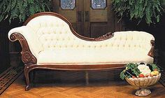 Another asymmetric Victorian style chaise/sofa. Looks comfortable, stylish, not too ornate in the woodwork. Victorian Style Furniture, Victorian Sofa, Victorian Decor, Victorian Homes, Vintage Furniture, Modern Victorian, Vintage Modern, Furniture Styles, Sofa Furniture