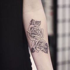 rose tattoo by instagram.com/poonkaros perfect proportion between black and skin Perfect shading not too Light not too dark