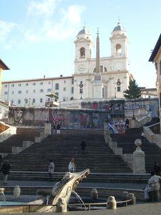 Roma ricorda Berlino: il muro in piazza di Spagna. 1989-2009. Venti anni dopo...