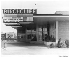 Birchcliff Theatre in Toronto, CA Scarborough Toronto, Scarborough Bluffs, Toronto City, Vintage Neon Signs, Canadian History, Canada Travel, Vintage Movies, Movie Theater, Old Houses