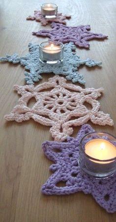 Crochet snow flakes Inspiracion ༺✿ƬⱤღ https://www.pinterest.com/teretegui/✿༻