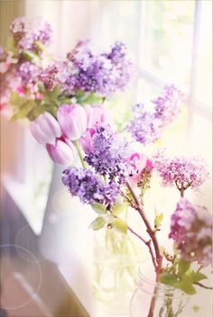 <3 Lilac and tulips