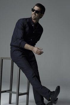 Antonio Navas by Gorka Postigo for S Moda. Navy outfit, never outfashioned 4021fac87a