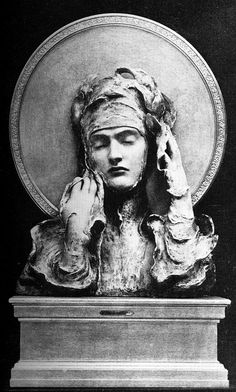 F. Khnopff, Sibylle, 1894, sculpture - probably destroyed in WWII.