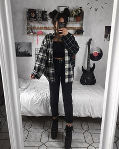 Grunge Outfits For School Indie Outfits, Teen Fashion Outfits, Retro Outfits, Cute Casual Outfits, Vintage Outfits, Cute Grunge Outfits, Grunge Winter Outfits, Flannel Outfits, Cute Outfits With Flannels