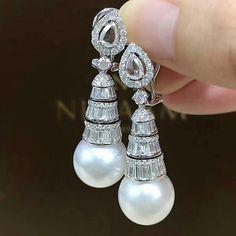 @taiwan_kunlun_jewelry. Beautiful Diamond and Pearl Earrings