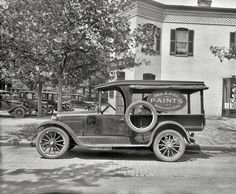 """Shorpy Historical Photo Archive :: Washington, D.C., ca. 1920. """"Semmes Motor Co. -- Dodge Bros. truck."""" At the Sanitary Grocery. National Photo Company glass negative."""