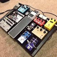 @allthingscommon's pedal board. I spy a Mayflower and a Minotaur (Klon clone). Very nice setup.