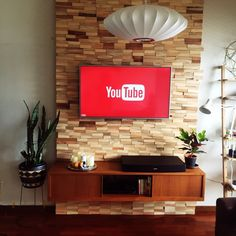 クロトンエクセレント/リビング/壁掛けTV/女子部屋/ダイソー鉢スタンド/LEDキャンドル…などのインテリア実例 - 2015-07-07 16:23:22 | RoomClip(ルームクリップ) Living Room Tv Cabinet, Ikea Living Room, Living Rooms, Modern Wood Furniture, Tv Rack, Tv Panel, Tv Cabinets, Diy Desk, Wood Design
