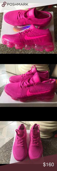 super popular 68feb 544fb Nike Vapor Max hot pink sz 8.5-LIKE NEW! Hot pink Vapor Max.