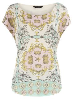 I'm digging this season's scarf print trend. A cute tee is an easy way to wear it. $28 on Dorothy Perkins