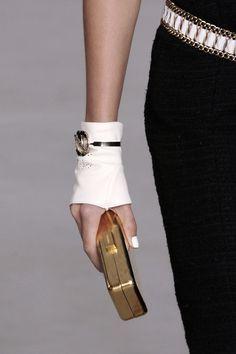 chanel gloves - Buscar con Google