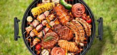 The most delicious Latin-inspired recipes to make on the grill and wow everyone at your next summer gathering. Grilled Avocado, Grilled Fruit, Grilled Chicken, Avocado Cream Sauces, Grilled Octopus, Colombian Food, Cuban Recipes, Barbecue Chicken, Skirt Steak