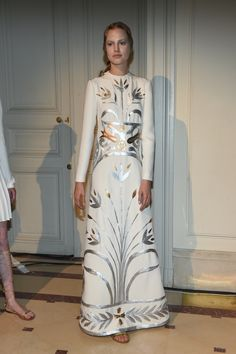 I can see the influence of the Sheikh Zayed Grand Mosque in the 2014 Valentino collection