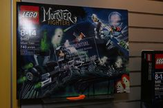 Toy Fair 2012 - Monster Fighters - 9467 The Ghost Train - 01 Lego Sets, Castle, Train, Toys, Activity Toys, Lego Games, Games, Toy, Castles