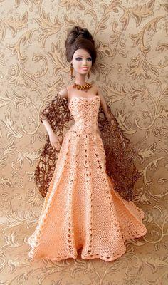 Barbie Crochet Gown, Crochet Barbie Patterns, Barbie Gowns, Barbie Clothes Patterns, Crochet Barbie Clothes, Doll Clothes Barbie, Barbie Dress, Dress Patterns, Barbie Doll
