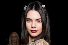Menangkal Bad Hair Days efek Stres! : Marie Claire Indonesia