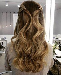 128 fabulous long wedding hairstyles to copy right now page 42 Wedding Hairstyles For Long Hair, Braided Hairstyles, Hair Wedding, Fancy Hairstyles, Chignon Volume, Medium Hair Styles, Curly Hair Styles, Hair Medium, Pageant Hair