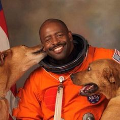 Astronaut Leland Melvin demonstrating he has the right stuff. Leland Devon Melvin is an American engineer and a NASA astronaut. He served on board the Space Shuttle Atlantis as a mission specialist on STS-122, and as mission specialist 1 on STS-129.