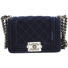Boy velvet crossbody bag CHANEL (€2.220) ❤ liked on Polyvore featuring bags, handbags, shoulder bags, navy blue crossbody handbag, velvet handbag, crossbody shoulder bags, cross-body handbag and chanel purse