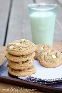 Root Beer Float Pudding Cookies on MyRecipeMagic.com are a moist and delicious cookie! You family will LOVE these!