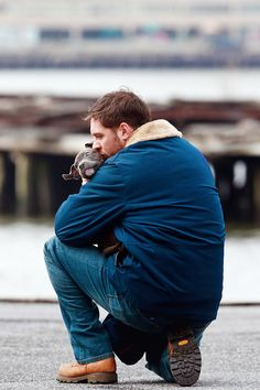 um. If I wasn't already obsessed with Tom Hardy, here is reason #283. Dog lover. SOLD SOLD SOLD