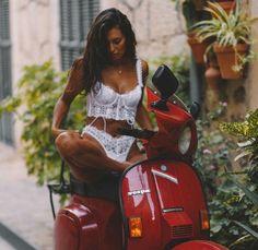 Vespa Bike, Lambretta Scooter, Cafe Racing, Scooter Girl, Stunning Women, Cool Bikes, Scooters, Motorbikes, Honda