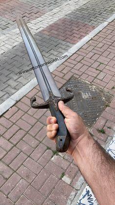 Sword Of Abu Bakr Al Siddiq   Replica   Ottoman Swords Katana Swords, Knives And Swords, Turkish Bow, Warrior Concept Art, Replica Swords, Cane Sword, Damascus Sword, Saints Vs, Camp Axe