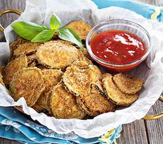 10 Scrumptious Baked Veggie Chips Recipes -- Satisfy a salt craving with these healthy snacks — you'll end up eating more vegetables, too! Side Dish Recipes, Raw Food Recipes, Seafood Recipes, Appetizer Recipes, Vegetarian Recipes, Cooking Recipes, Healthy Recipes, Halloumi Burger, Recipe Using Zucchini
