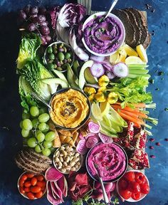 """when it has been A DAY and you come home exhausted and all you have the energy to make and eat is…""""just some veges and hummus"""" . purple sweet potato, butternut, and roasted beet h… Veggie Platters, Party Food Platters, Veggie Tray, Plateau Charcuterie, Charcuterie Platter, Vegan Appetizers, Appetizer Recipes, Hummus Platter, Crudite Platter Ideas"""