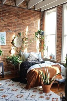 Home Bedroom House Bedroom furniture Design Carpet Property Bedding Small Room Bedroom, Home Bedroom, Bedroom Ideas, Master Bedroom, Small Rooms, 1930s Bedroom, Quirky Bedroom, Nature Bedroom, Bedroom Green