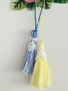 タッセルを作っています。バッグやポーチのチャームに。ピアスや手芸のパーツ、シザーキーパーにも✂︎ #タッセル #tassel